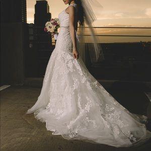 Allure Romance Wedding Dress - Ivory